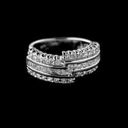 Stříbrný prsten R523