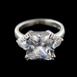 Stříbrný prsten R626