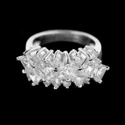 Stříbrný prsten R221
