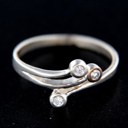 Stříbrný prsten R252