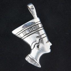 Stříbrný přívěs P052