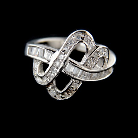 Stříbrný prsten R568