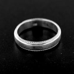 Stříbrný prsten R408