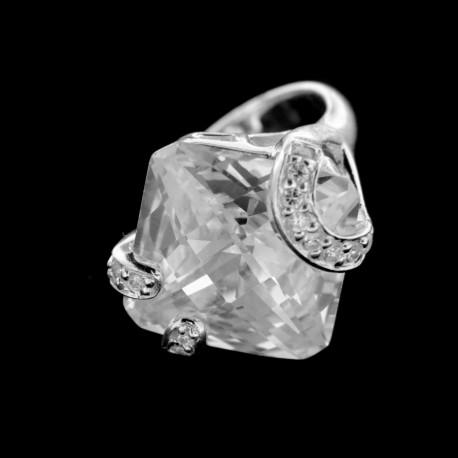 Stříbrný prsten R374